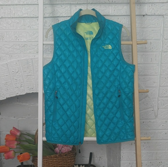 The North Face Jackets & Blazers - The North Face Puffed Teal/Turquoise Vest